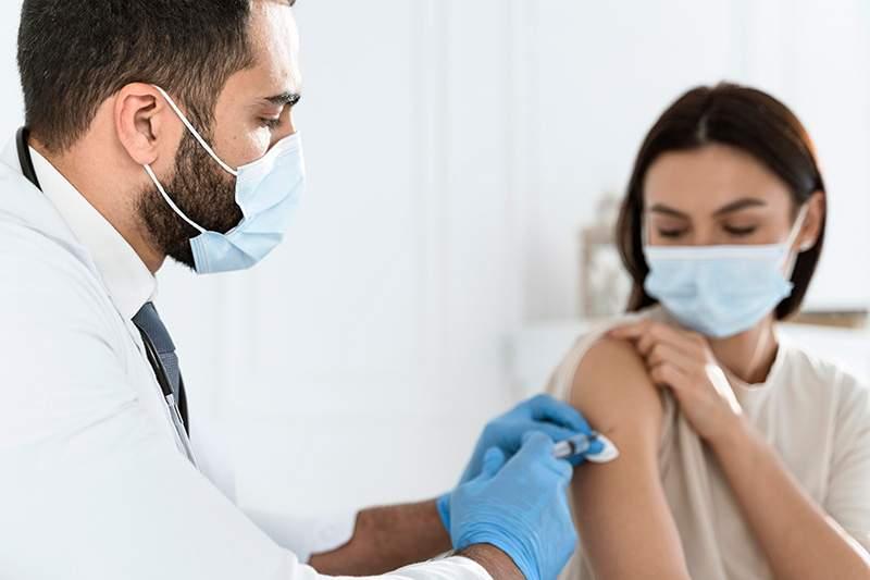 Primo-vaccination par les pharmaciens : « Les pharmacies ne sont pas des cabinets médicaux » s'insurge le SML - Caducée.net